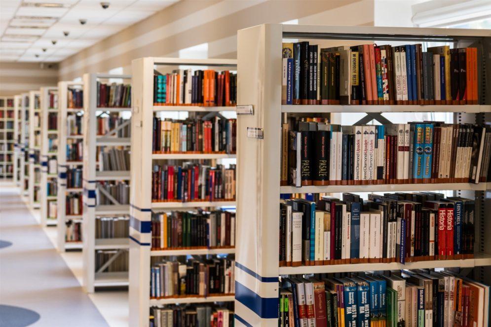Bibiliothek in einer Universität